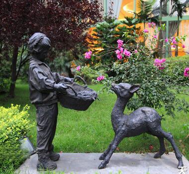 庭院雕塑 (1)