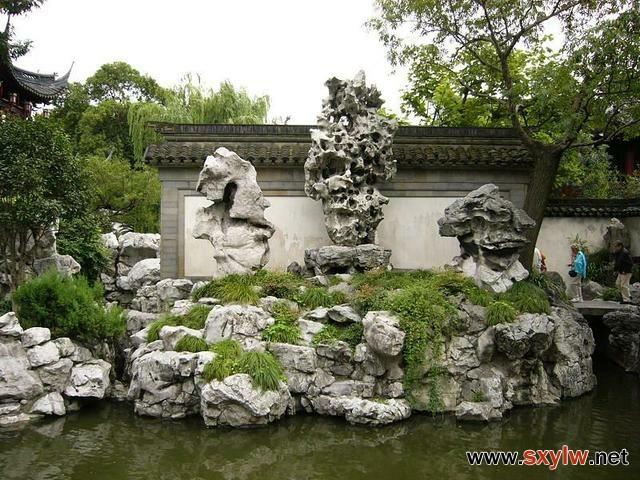 """""""置石""""造景在中式园林中的"""