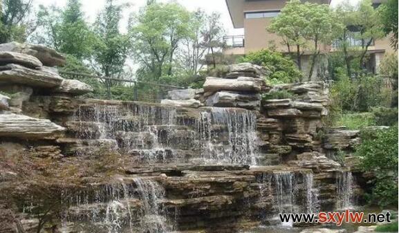 假山鱼池的风水以及植物搭配方法